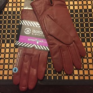 Isotoner gloves.